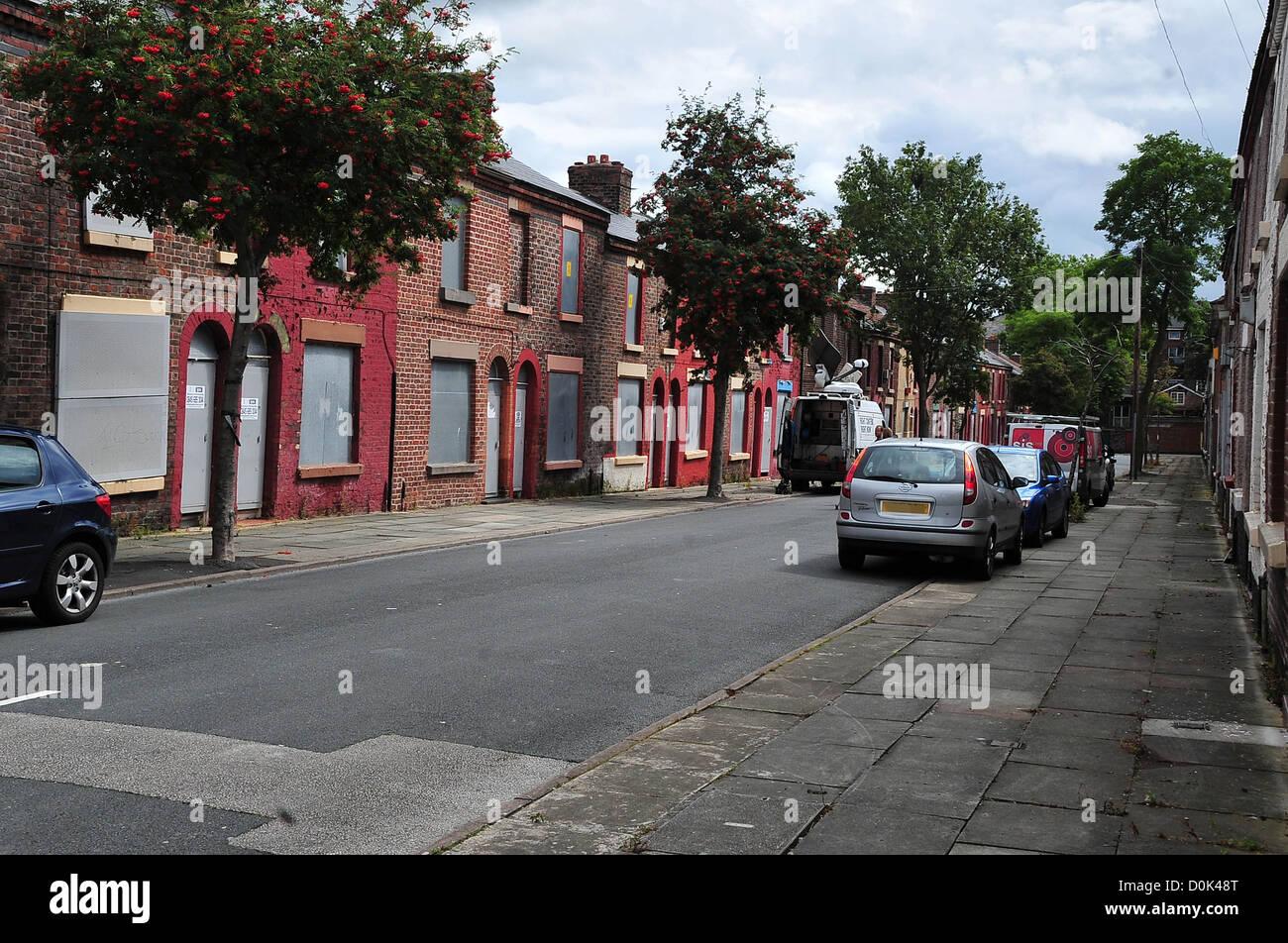 Terrific Ringo Starrs Childhood Home 9 Madryn Street Liverpool Home Interior And Landscaping Eliaenasavecom