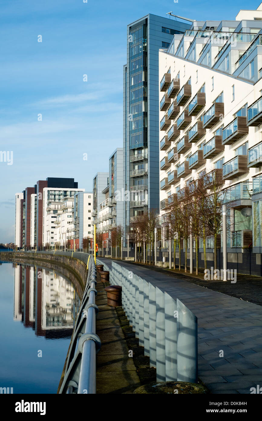 Modern High Rise Apartment Buildings On River Clyde At Glasgow Stock Photo Alamy