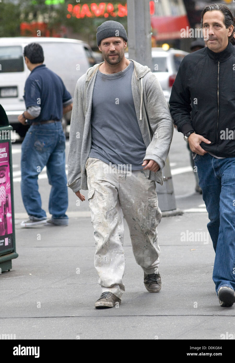 Jason Statham filming 'Safe' on location in Manhattan New York City, USA - 06.10.10 Stock Photo