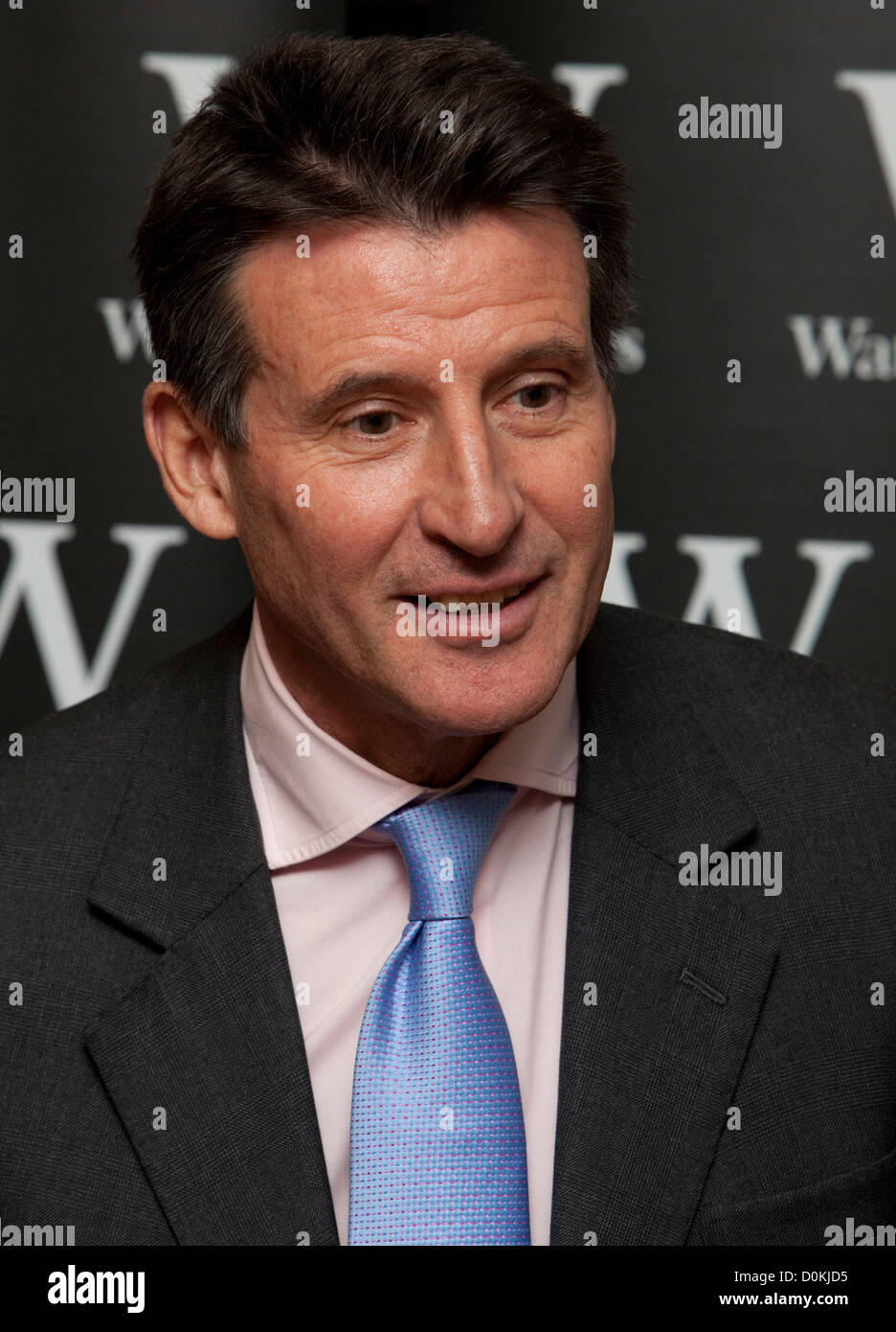 Sebastian Coe book signing at Waterstones in Leadenhall Market, london, this lunchtime (15/11/2012) - Stock Image