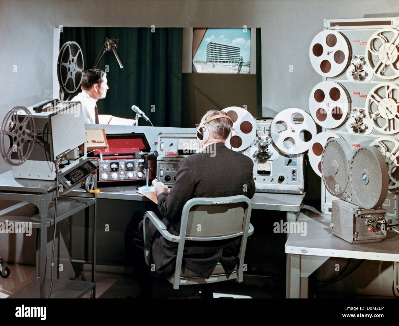 State of the art voice and recording studios for film work, scoring, dubbing and interlock playback, circa 1964. - Stock Image