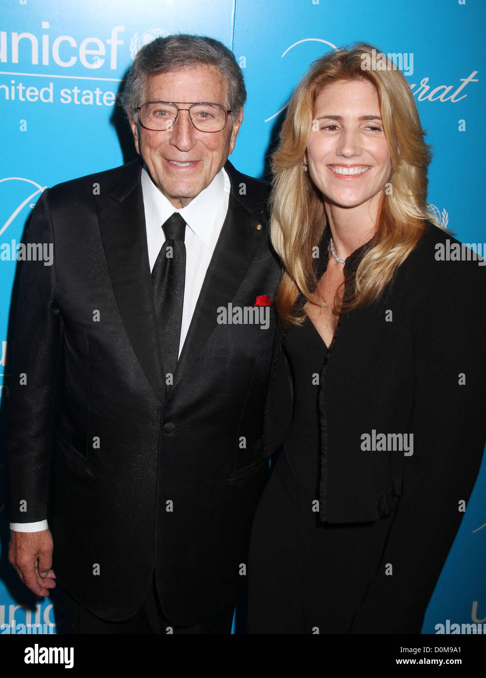 Nov. 27, 2012 - New York, New York, U.S. - Singer TONY BENNETT and his wife SUSAN CROW attend The Eighth Annual - Stock Image