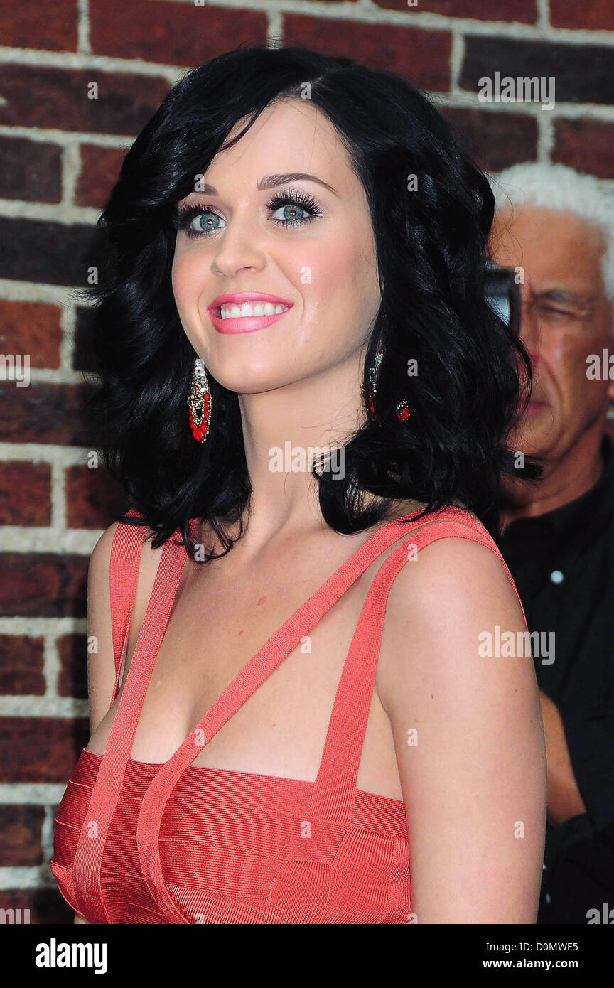 d6cd0db01ee Katy Perry outside The Ed Sullivan Theater for 'The Late Show with ...