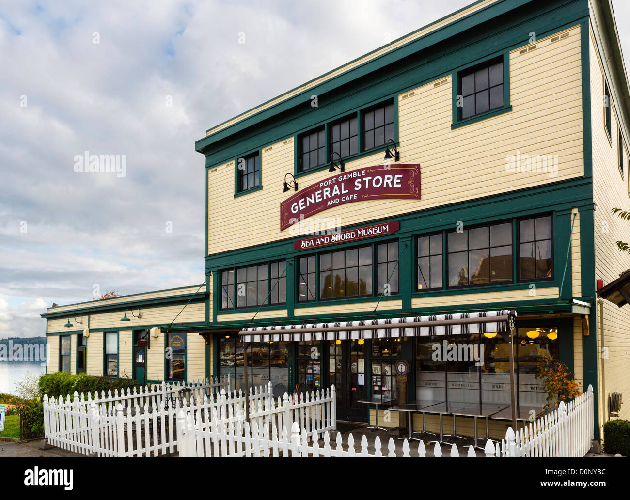 The Port Gamble General Store and Cafe, NE Rainier Avenue (old Main Street), Port Gamble, Olympic Peninsula, Washington, - Stock Image