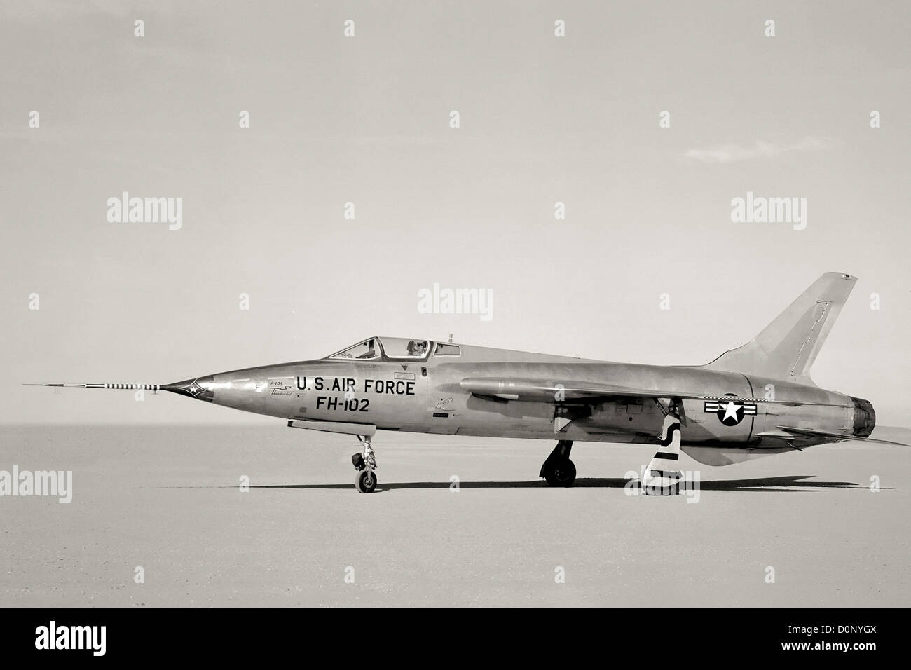 F-105 on Rogers Dry Lake - Stock Image