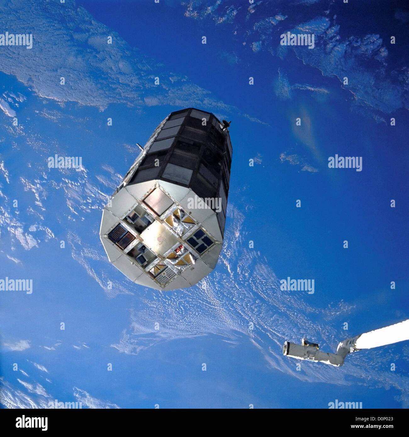 Long Duration Exposure Facility in Orbit - Stock Image