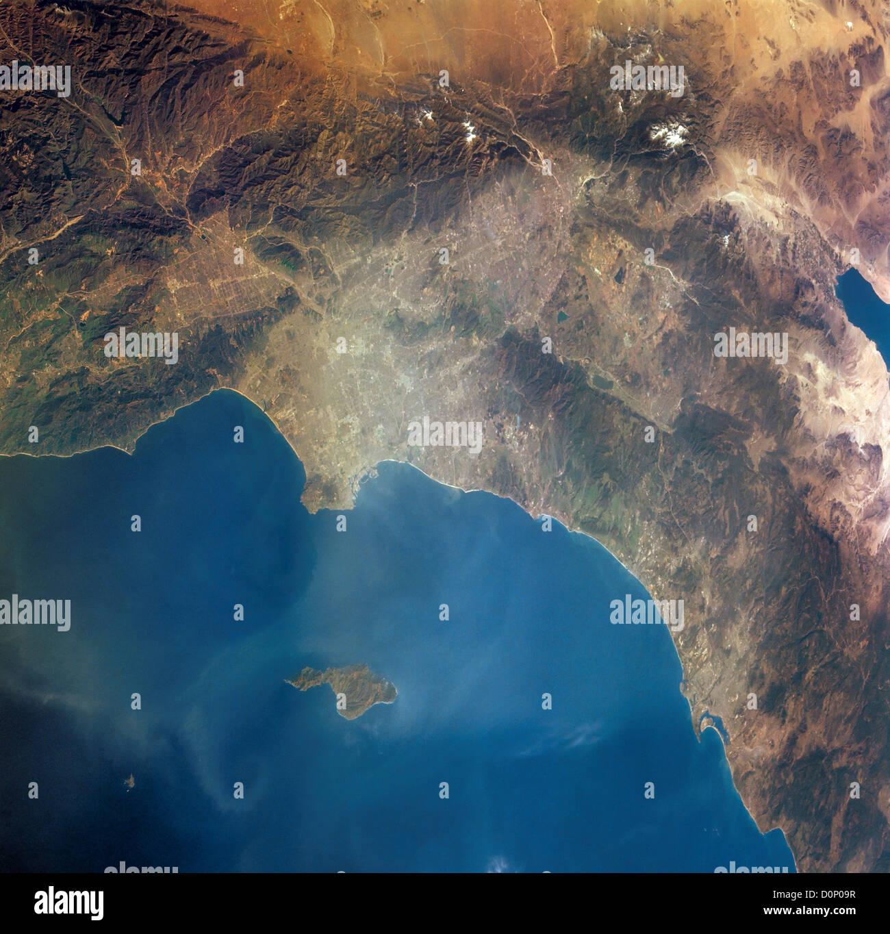 Los Angeles and San Diego Smog - Stock Image