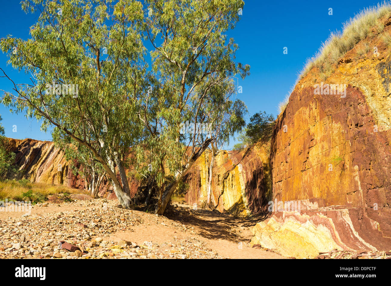 Multicoloured Ochre Pits in the West MacDonnell Ranges near Alice Springs in the Red Centre of outback Central Australia Stock Photo