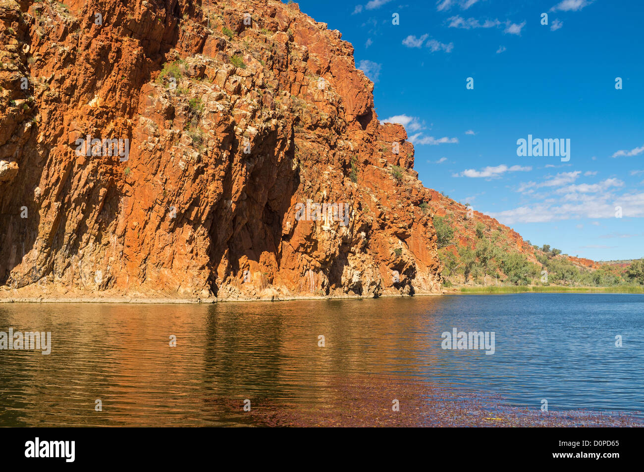 Rugged beauty of the Finke River flowing through Glen Helen Gorge in the West MacDonnell Ranges, Alice Springs, - Stock Image