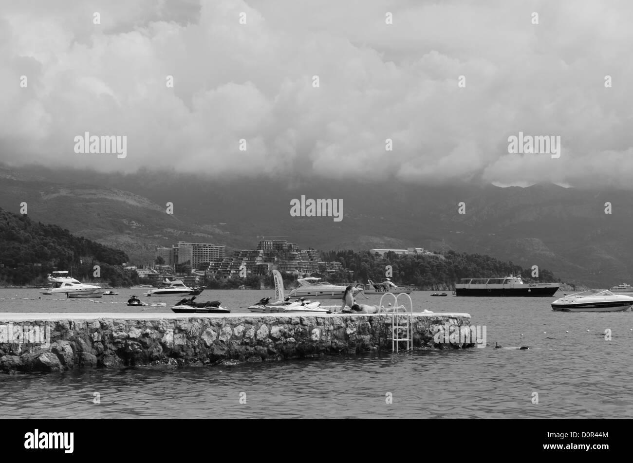 [black and white] [Adriatic sea] Budva beach boat - Stock Image