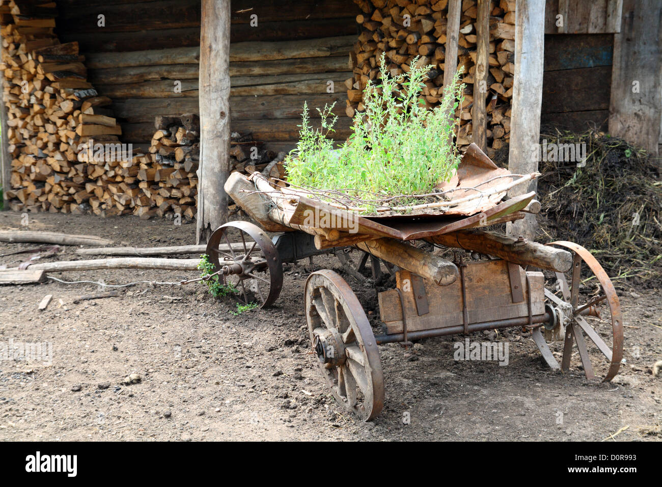 old obsolete wagon - Stock Image