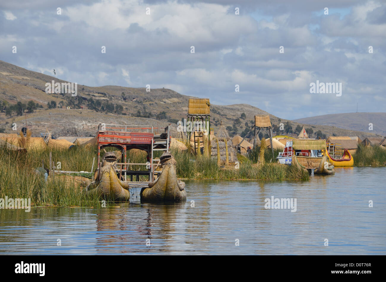 Traditional Tortora reed boat on Lake Titicaca, Peru - Stock Image