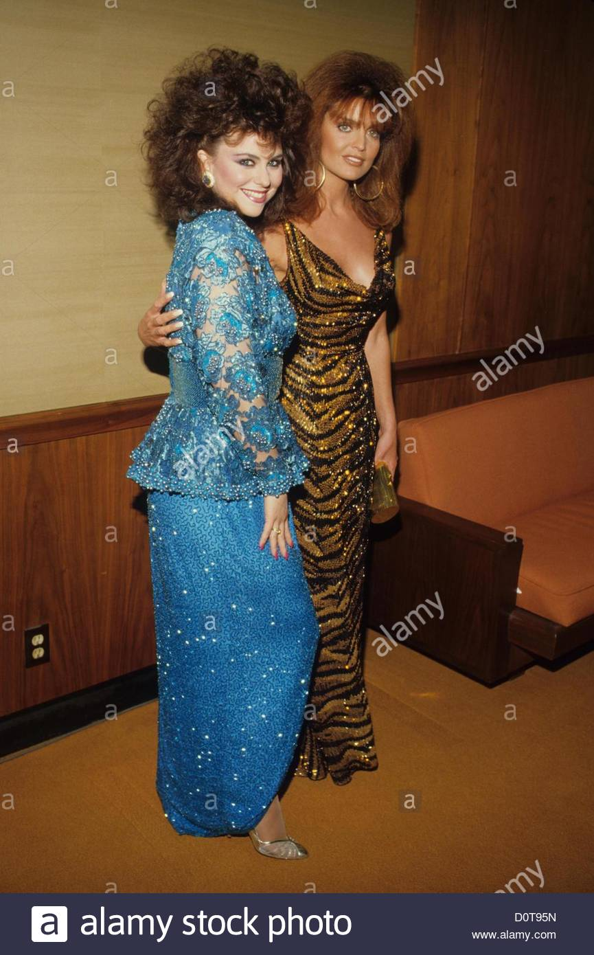 5bf14d1bd9c DELTA BURKE with Tracy Scoggins.1987.F3847.(Credit Image  © Ralph