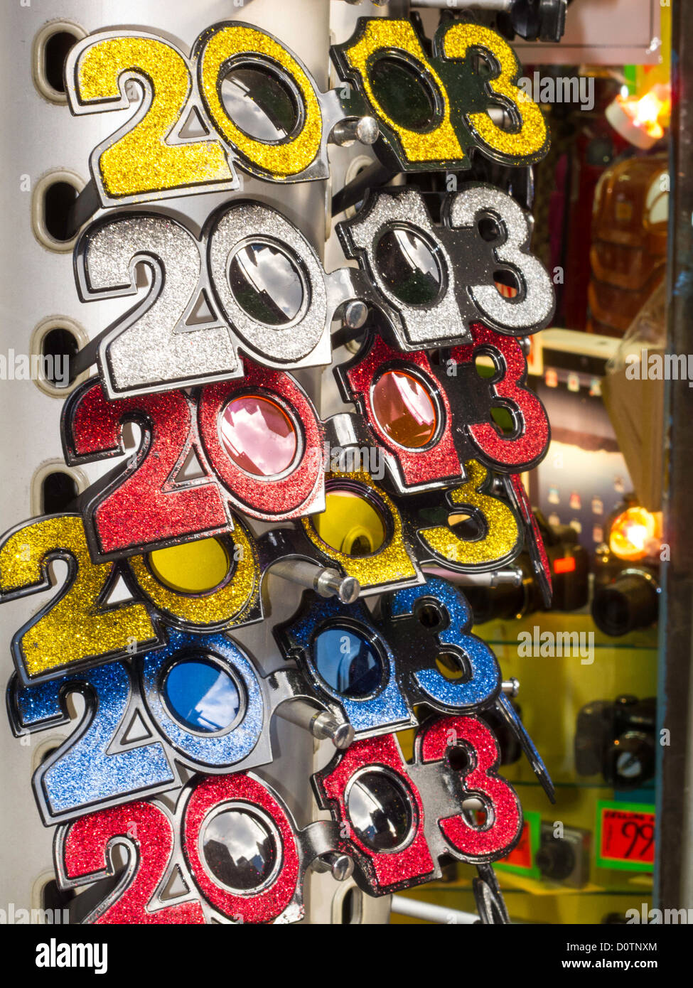 2013 happy new year novelty glasses souvenir shop nyc
