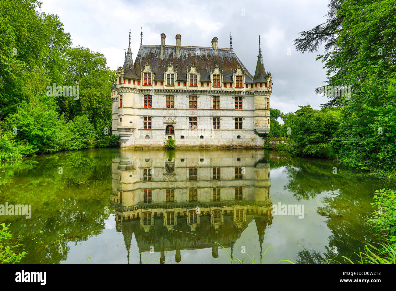 France, Europe, travel, Loire Valley, Azay le Rideau, architecture, castle, cloudy, history, Loire, medieval, pond, - Stock Image