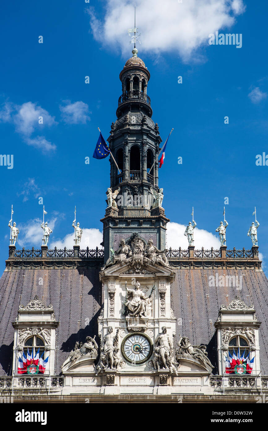 France, Europe, travel, Paris, City, City Hall, architecture, building, flags, government, roof, detail - Stock Image