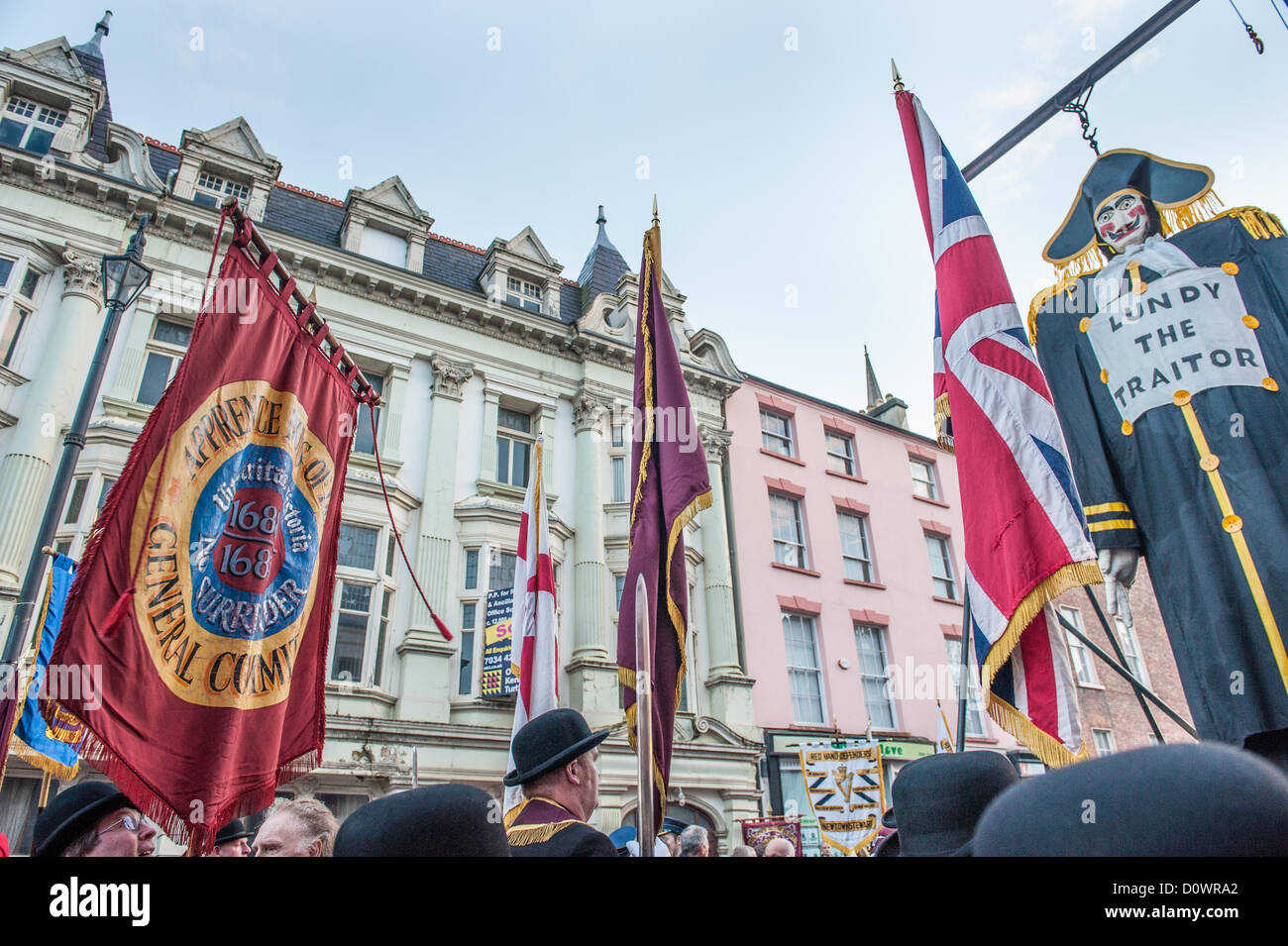 Londonderry, Northern Ireland, UK. 1st December 2012. An effigy of Lundy surrounded by loyalist flags in Londonderry. Stock Photo
