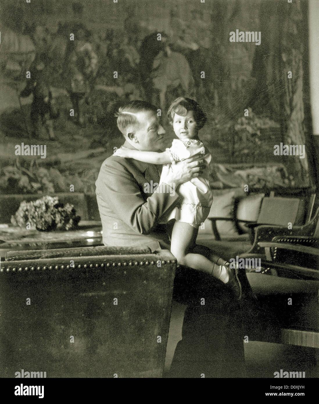 Adolf Hitler, Ursula, Schneider, children, Berghof, Hitler, Berchtesgaden, Germany, 1942, World War II, - Stock Image