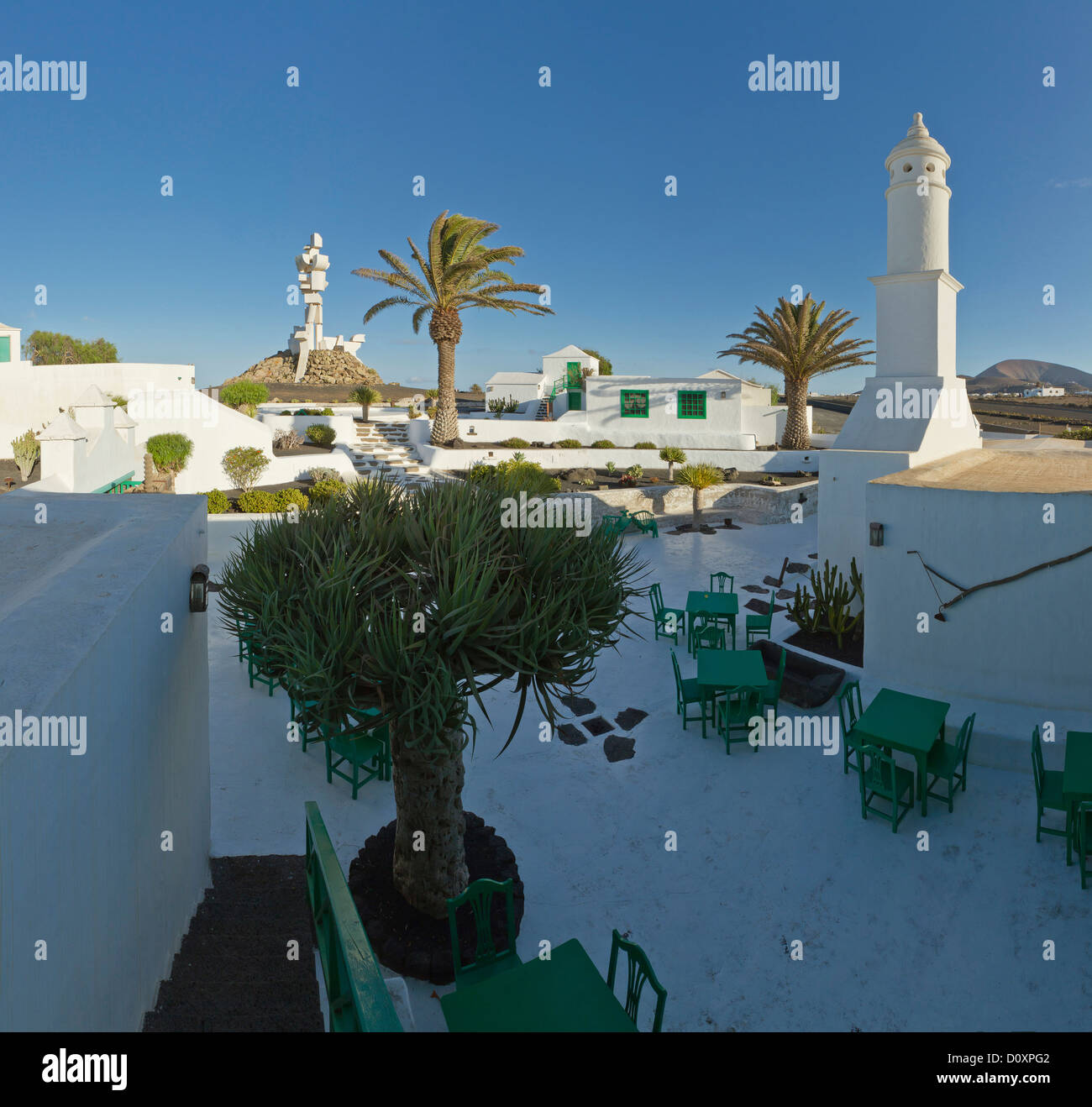Spain, Lanzarote, Mozaga, Monumento al campesina, monument, city, village, summer, Canary Islands, outdoor cafe, - Stock Image