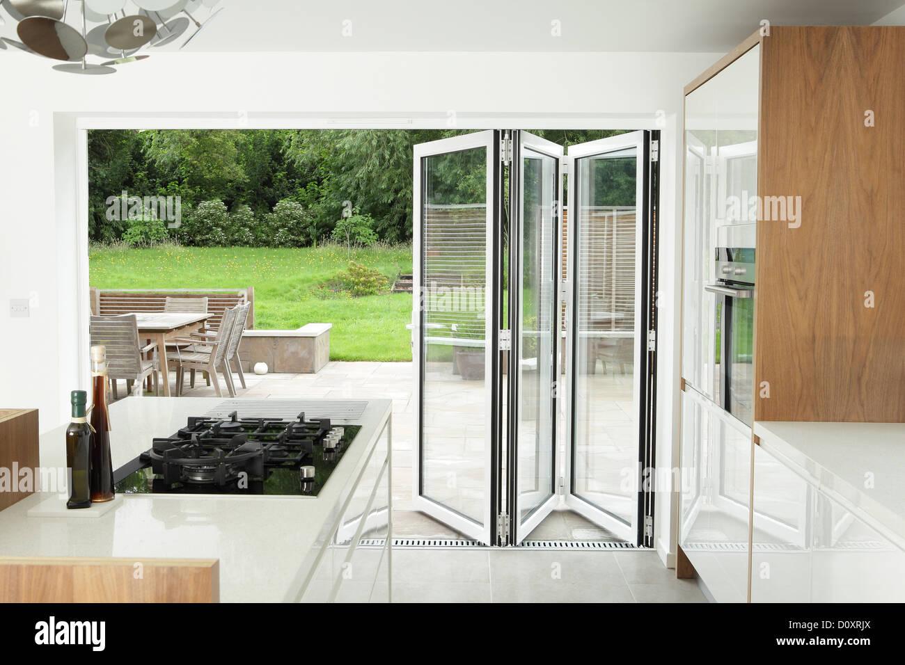 Merveilleux Kitchen With Open Patio Doors   Stock Image