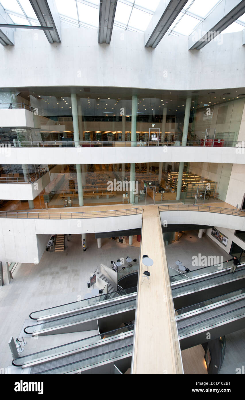 Central foyer of Det Kongelige Bibliotek, Danmark's Royal National Library, built by Schmidt, Hammer & Lassen in Stock Photo