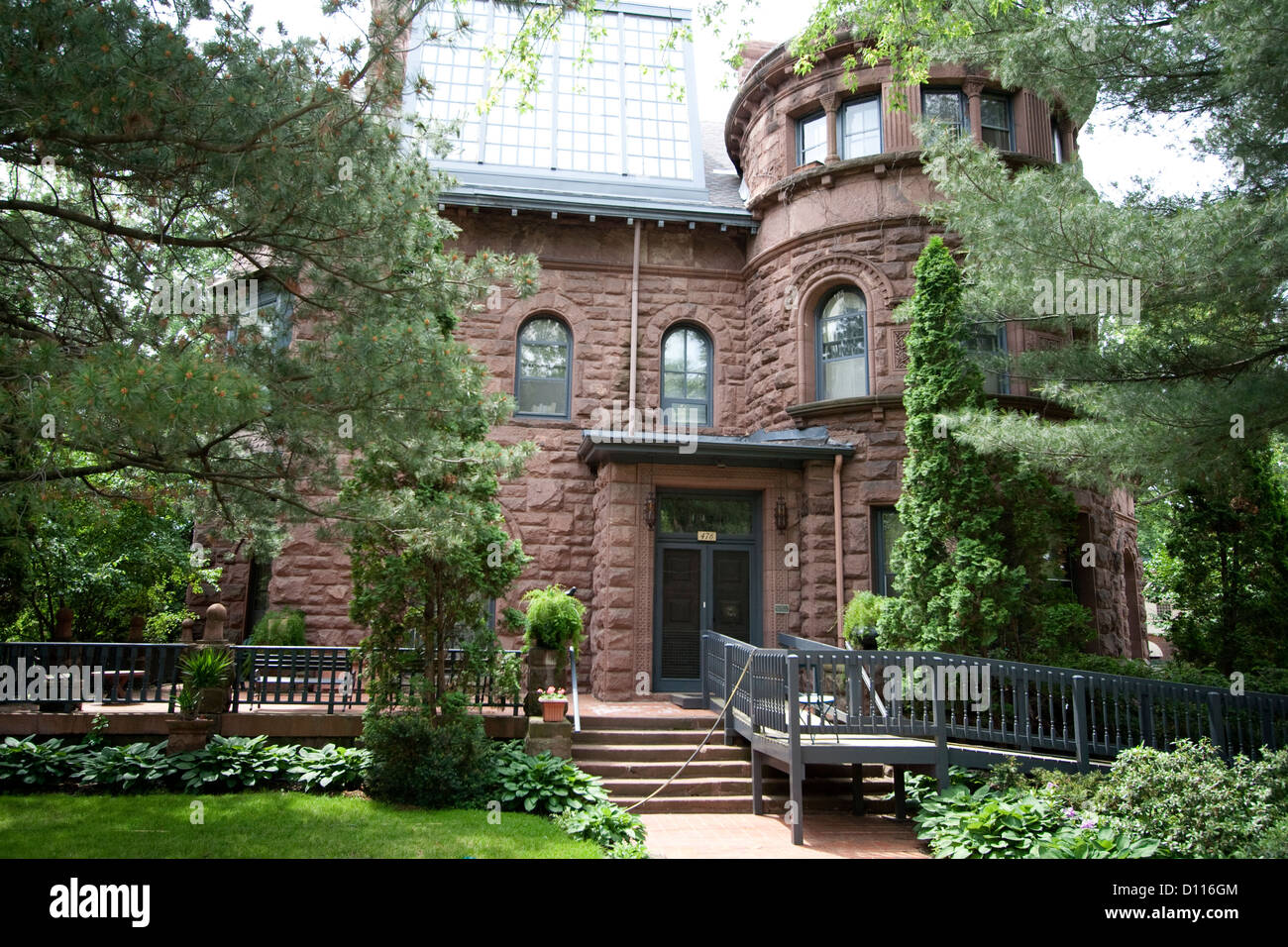The Griggs Mansion Haunted House At 476 Summit Avenue St Paul Stock Photo Alamy
