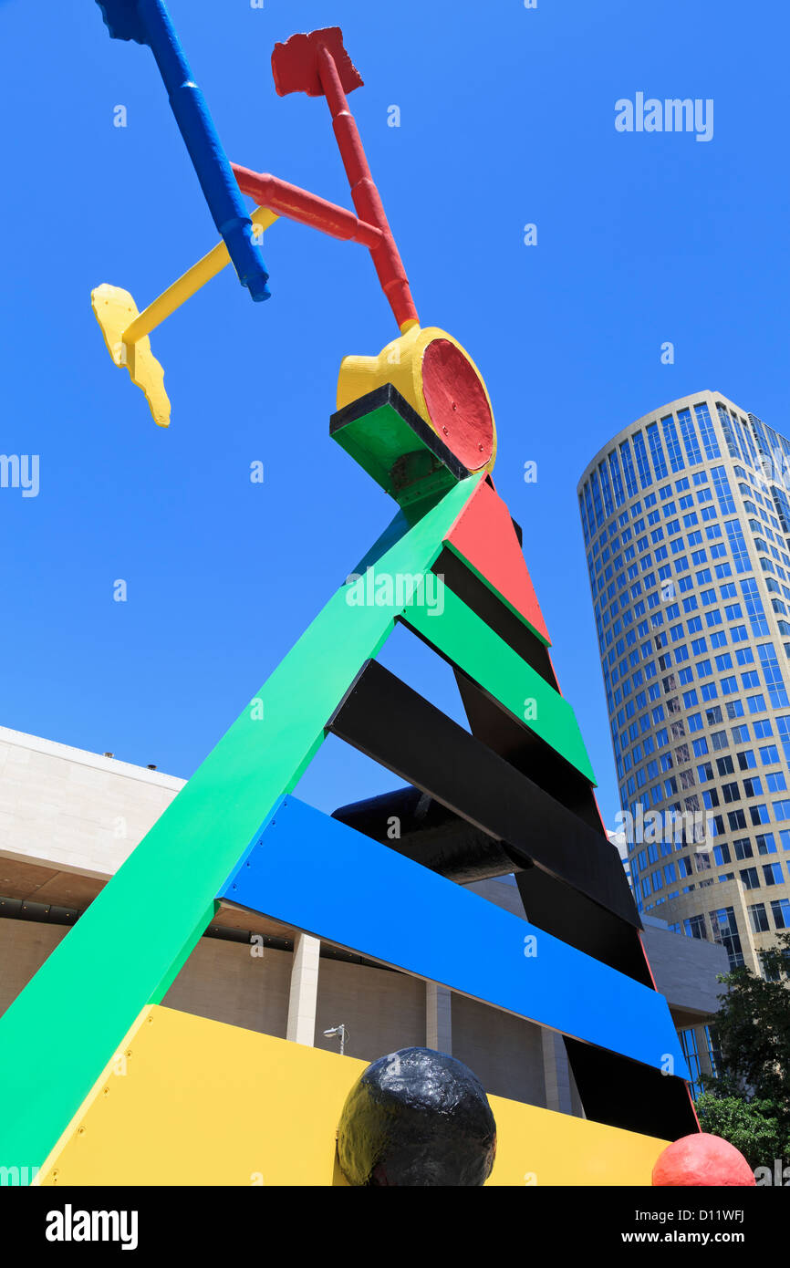 'Personage & Birds' sculpture by Joan Miro, Chase Tower, Houston,Texas,USA - Stock Image