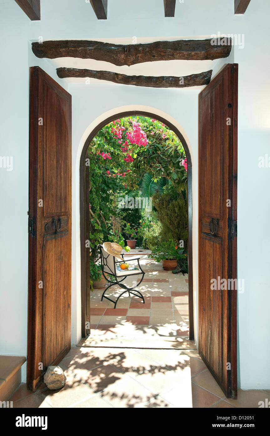 View through doorway of old finca, Mallorca, Baleares, Spain - Stock Image