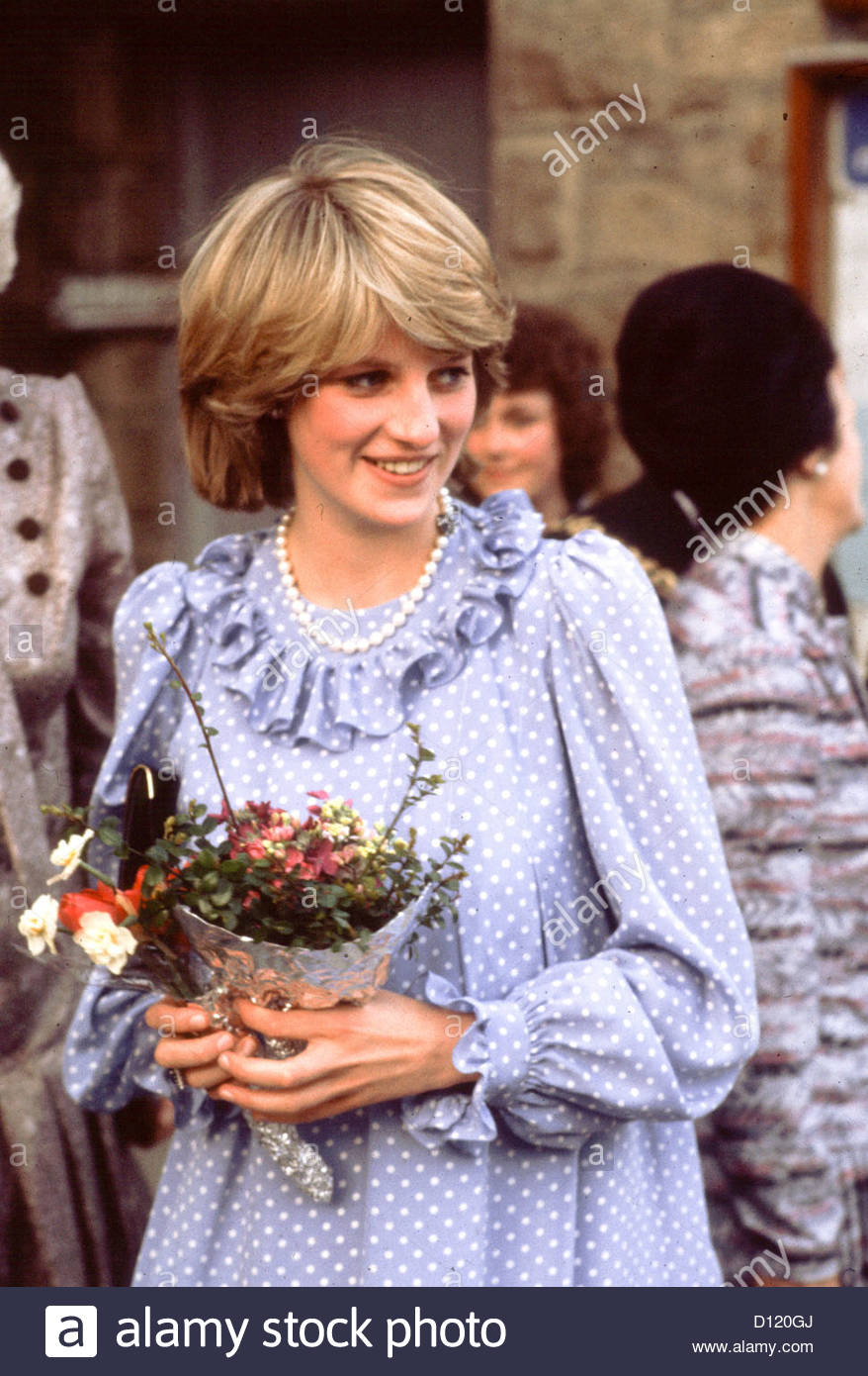 princess diana lady di diana spencer alive human stock photo alamy https www alamy com stock photo princess diana lady di diana spencer alive human 52290130 html