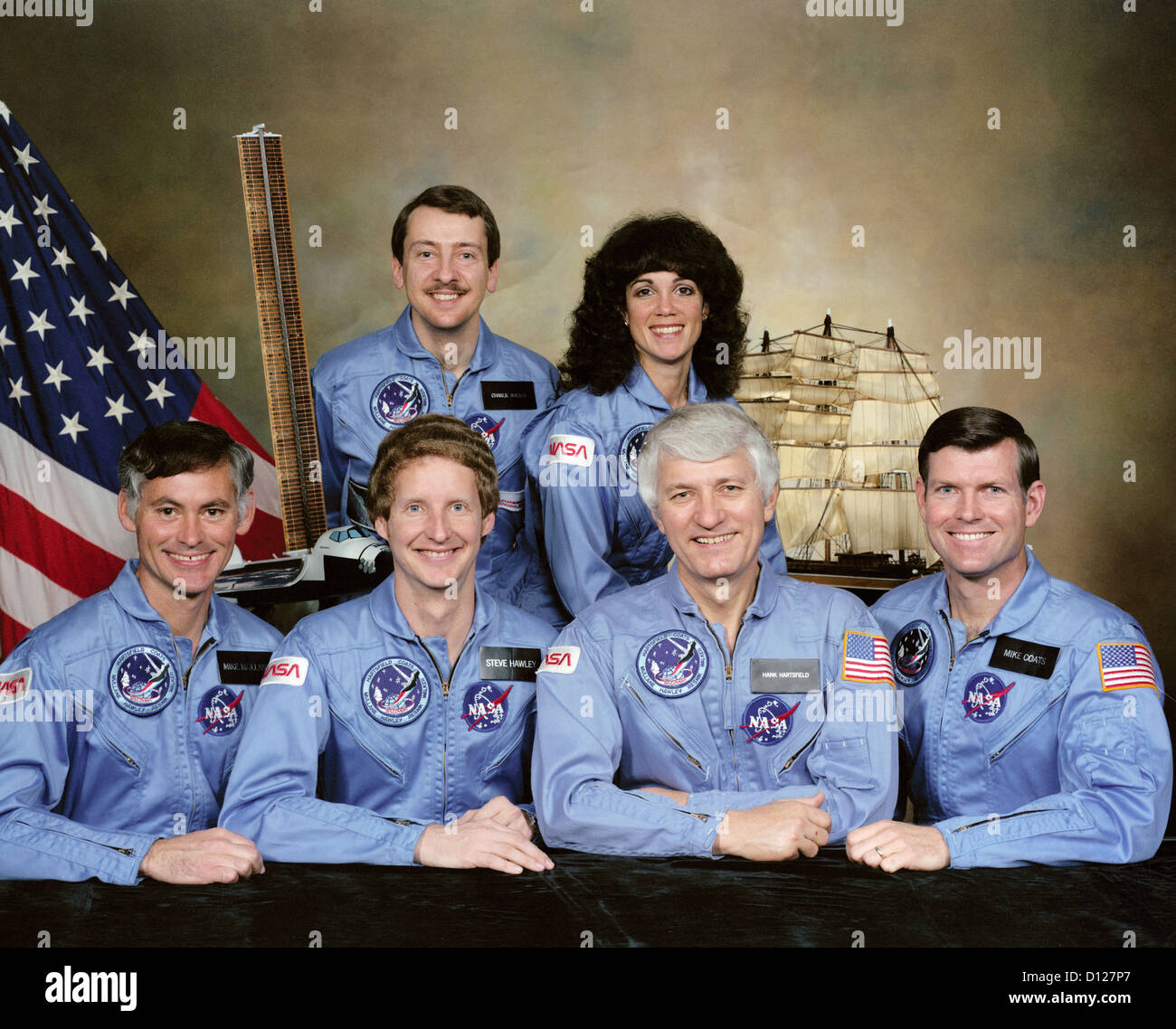 NASA Space Shuttle Discovery STS51-D crew members portrait. Front row left to right: Richard M. Mullane, Steven Stock Photo