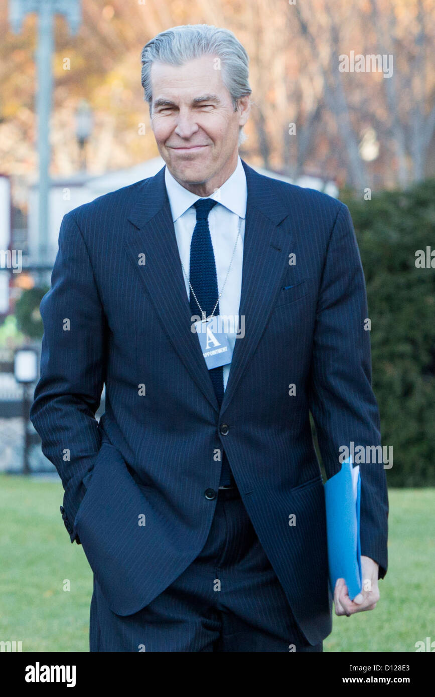 Macy's Chairman, President and CEO Terry Lundgren arrives at the White House. - Stock Image