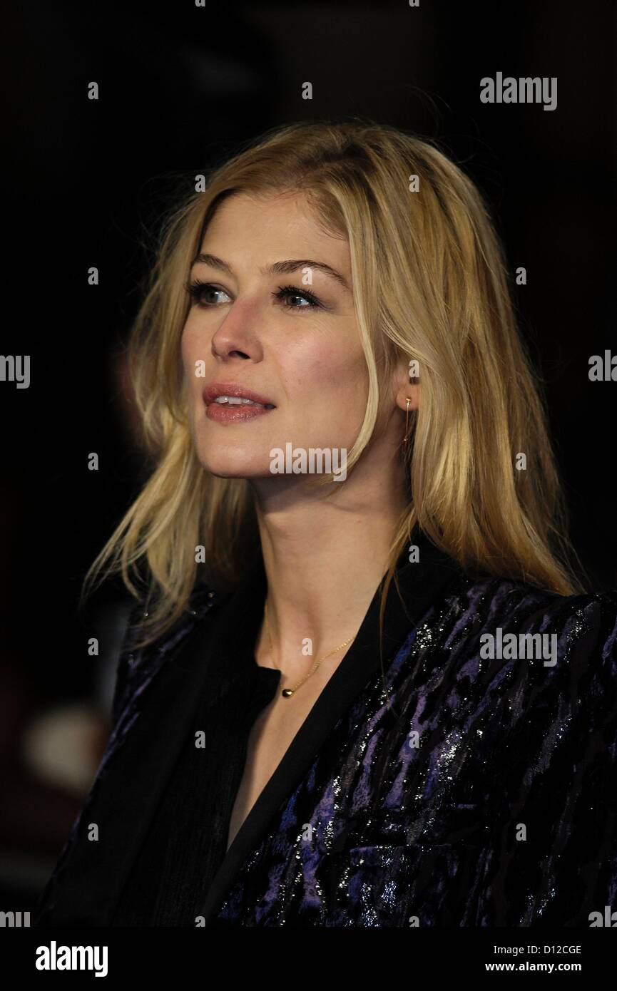 Rosamund Pike attends the World Premiere of Les Misérables on 05/12/2012 at Leicester Square, London. Persons - Stock Image