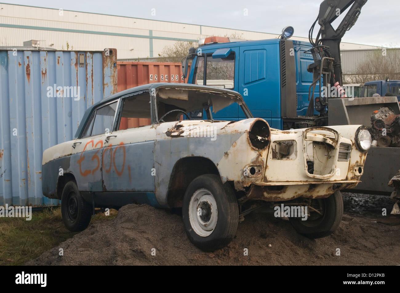 Scrap Classic Cars Stock Photos & Scrap Classic Cars Stock Images ...