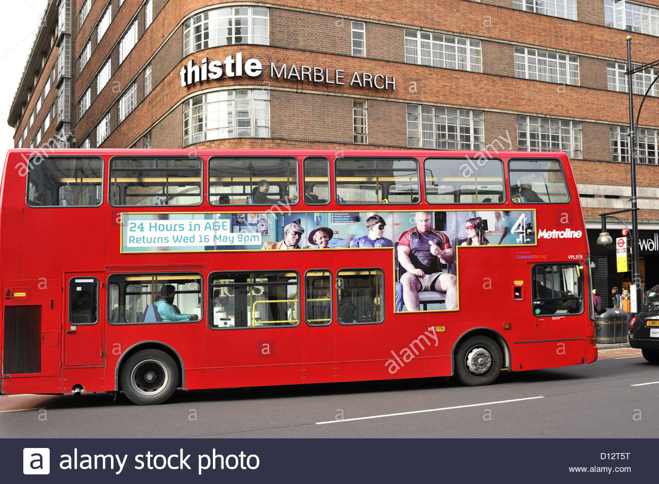 Red double-decker bus Marble Arch London UK - Stock Image