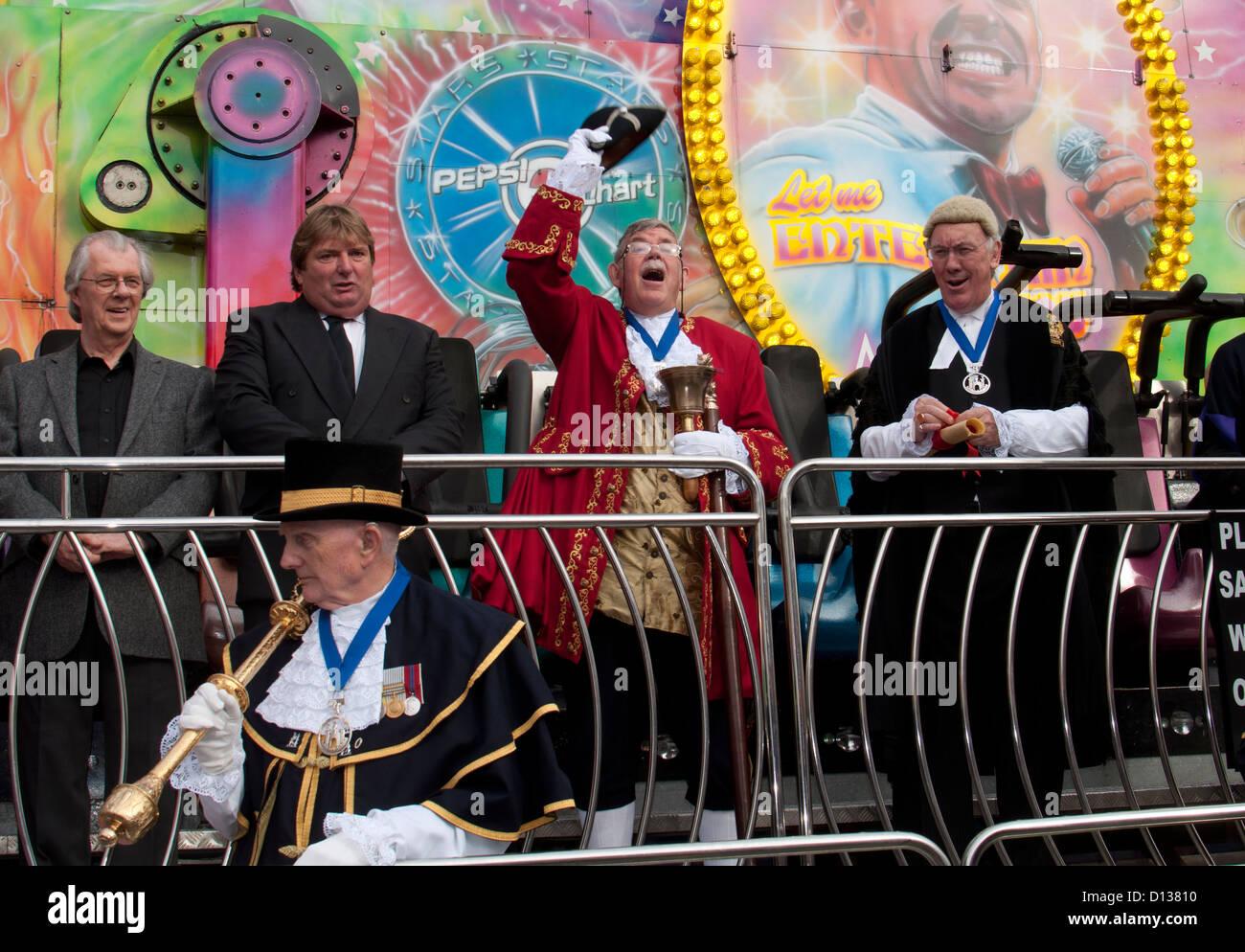 Mayor`s opening of Warwick Mop fair - Stock Image
