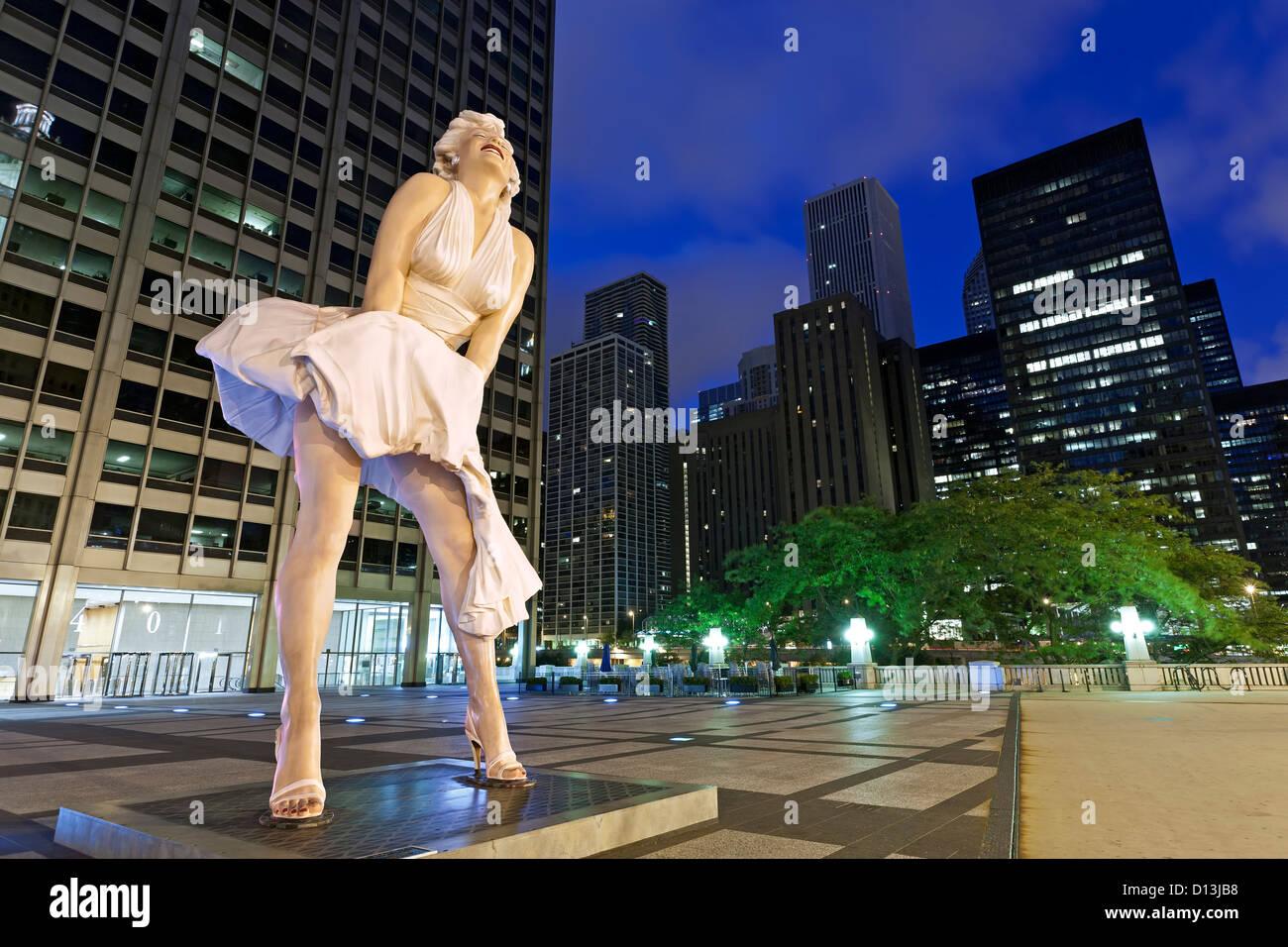 'Forever Marilyn' [Monroe] sculpture (by Seward Johnson), Chicago, Illinois USA - Stock Image