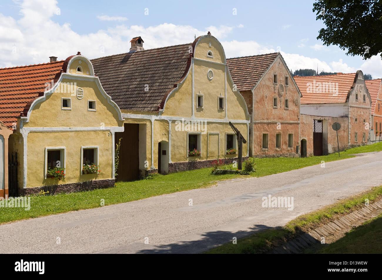 Elk188-2881 Czech Republic, Holasovice, folk baroque painted farmhouses - Stock Image