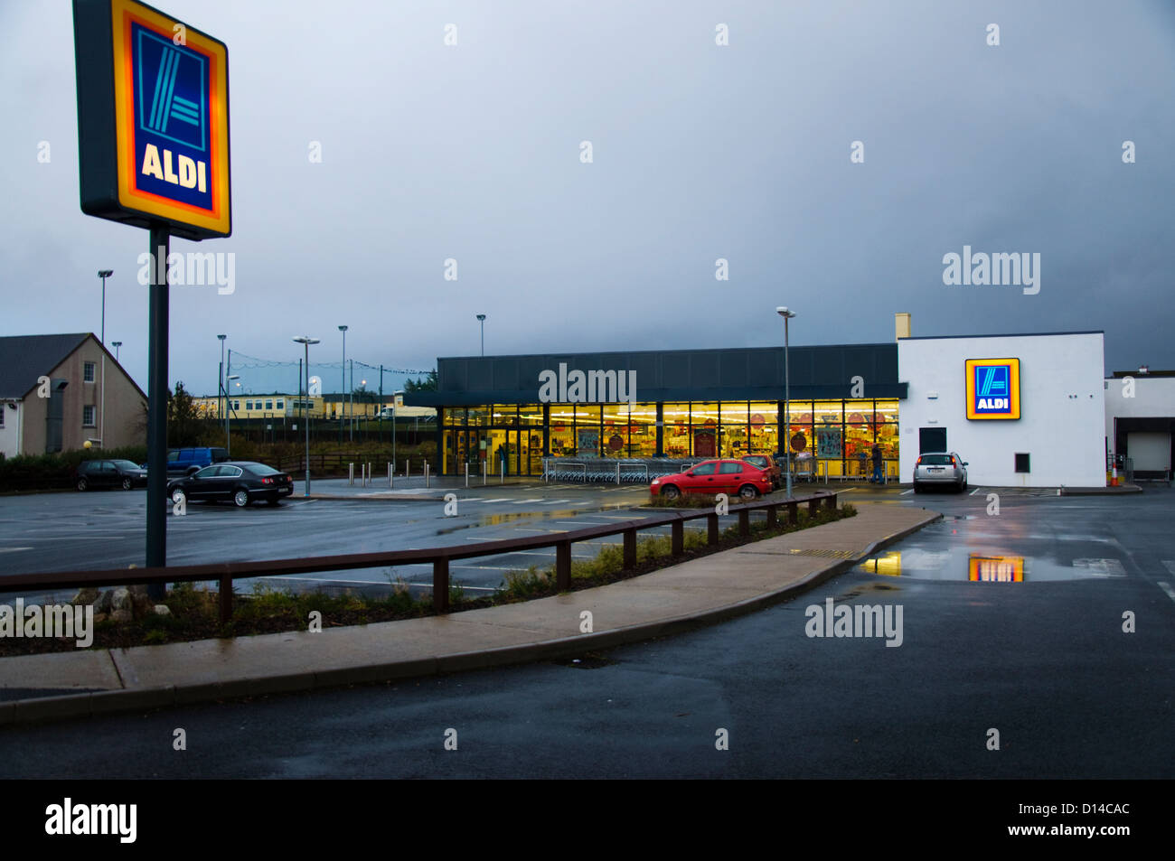 Aldi store shop carpark in Dungloe Ireland - Stock Image