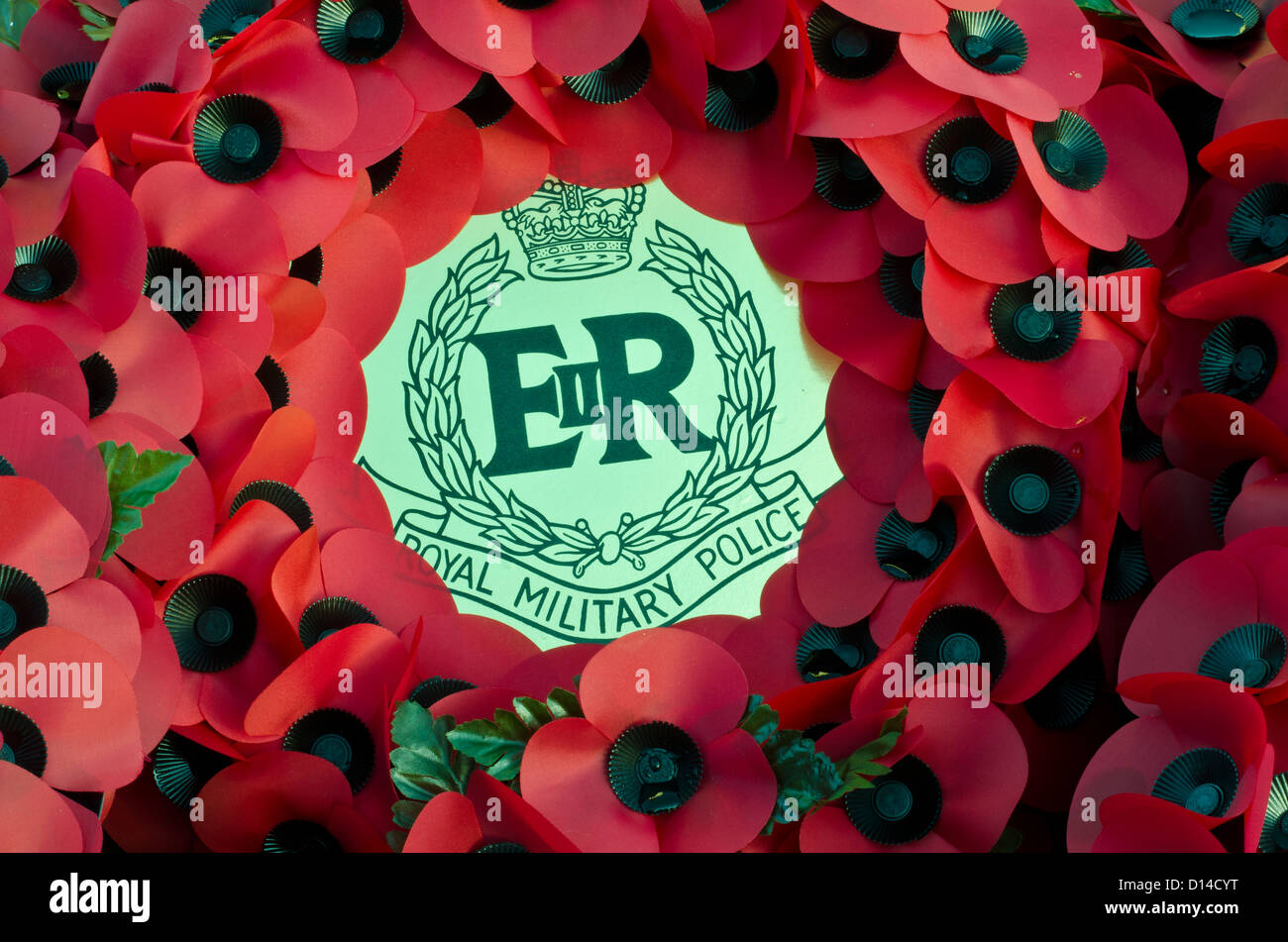 Wreath of poppy,s from the Royal military police [on remembrance day] - Stock Image