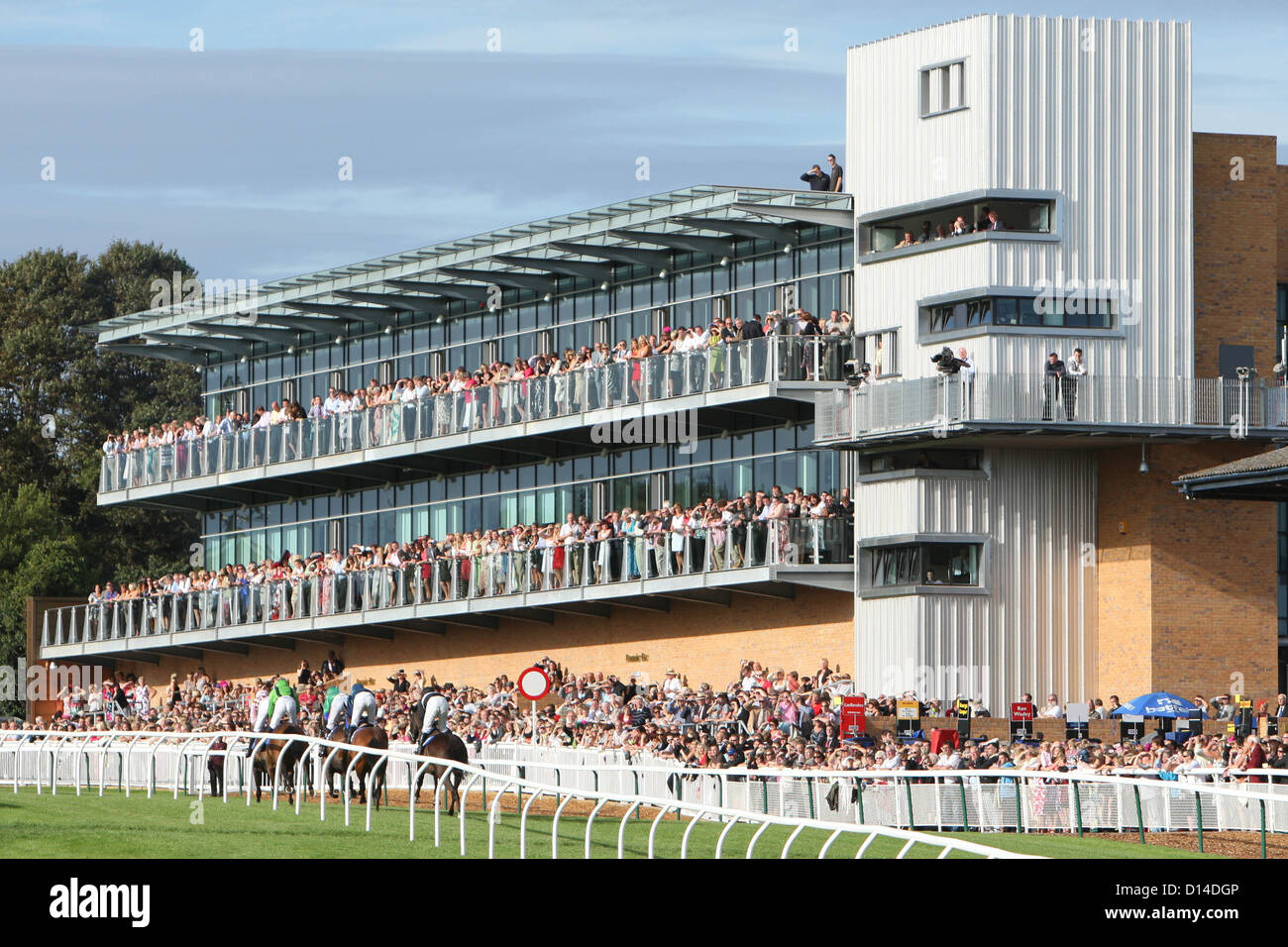 888 Grand Stand at Fontwell Park Racecourse West Sussex - Stock Image