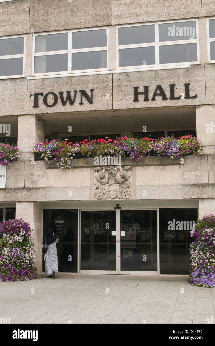 crawley town hall uk surrey grey concrete building dull sixties architecture - Stock Image