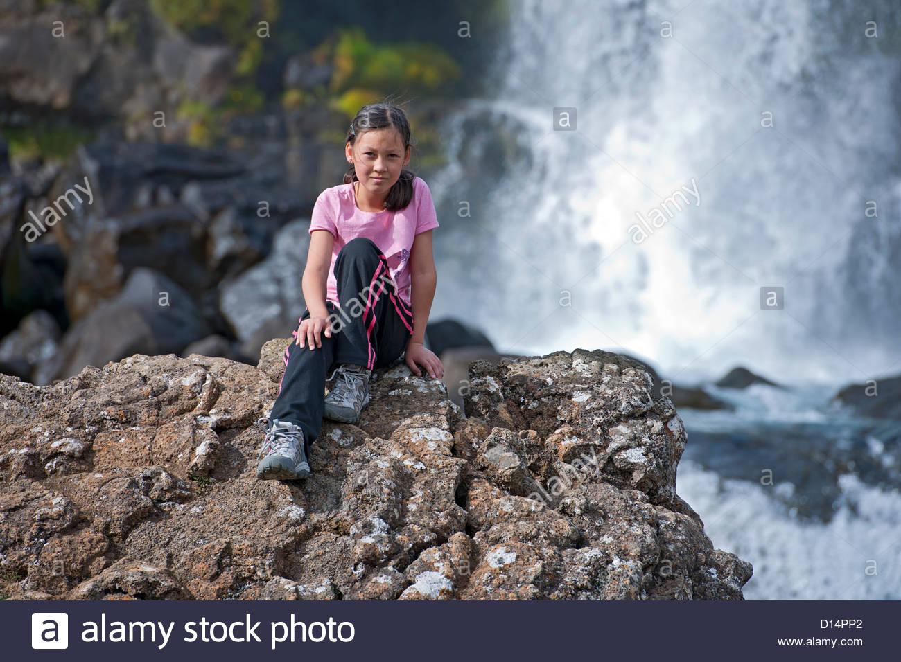 Girls waterfall pics 48