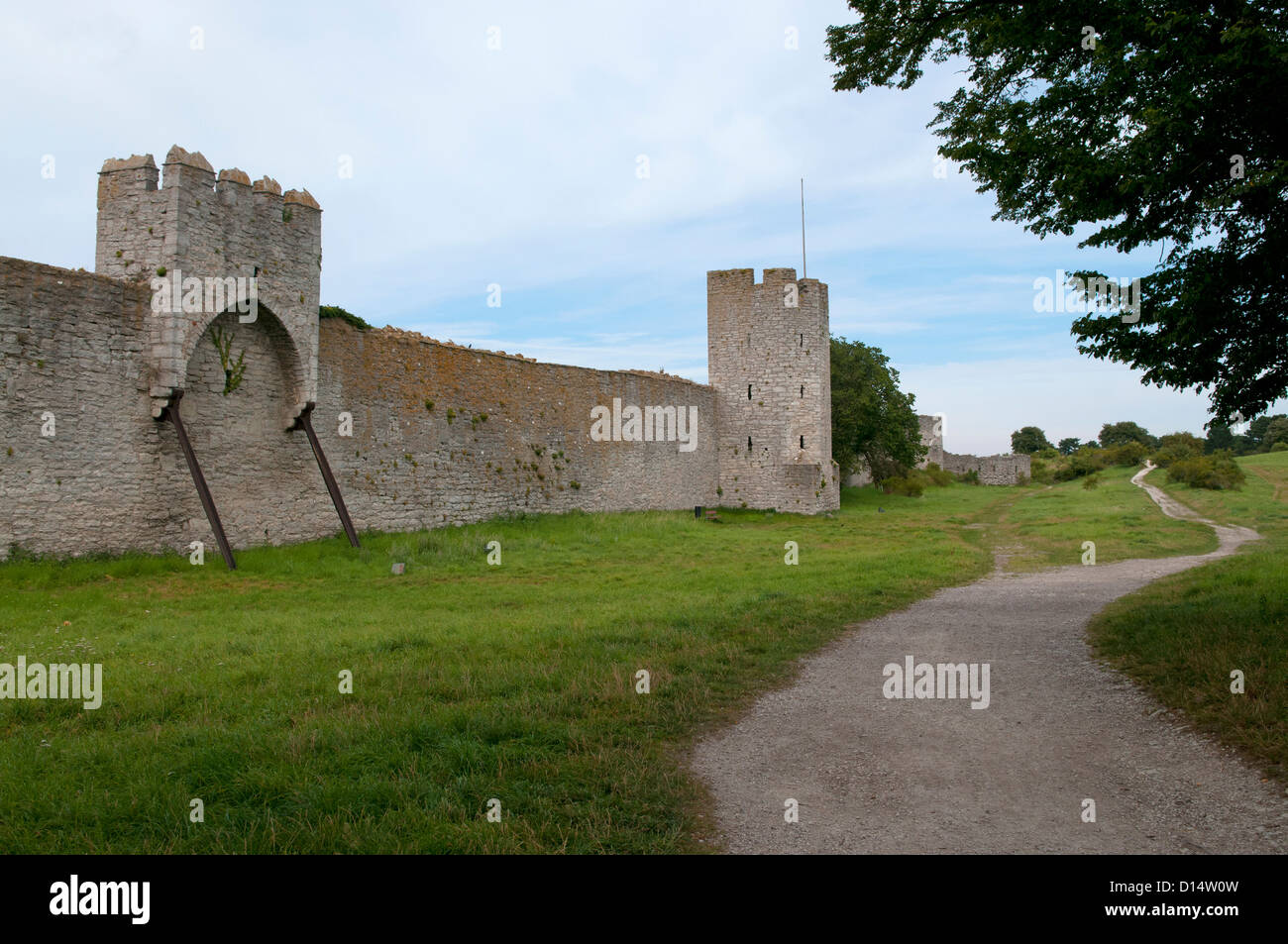 City wall of of the Hanseatic town of Visby on the island of Gotland in Sweden - Stock Image