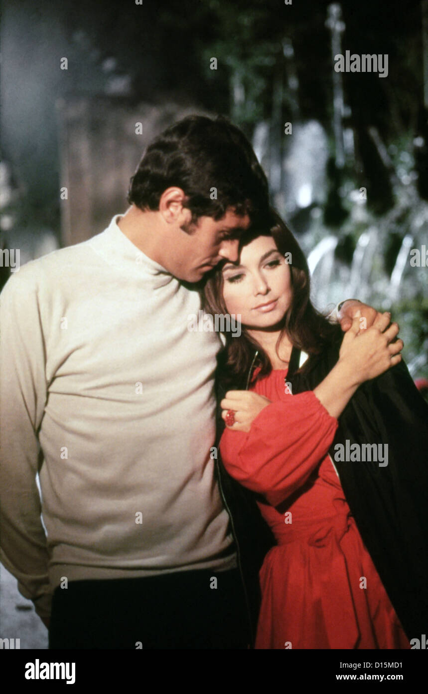 IF ITS TUESDAY IT MUST BE BELGIUM (1969) IAN MCSHANE, SUZANNE PLESHETTE, MEL STUART (DIR) ITTB 001 MOVIESTORE COLLECTION Stock Photo