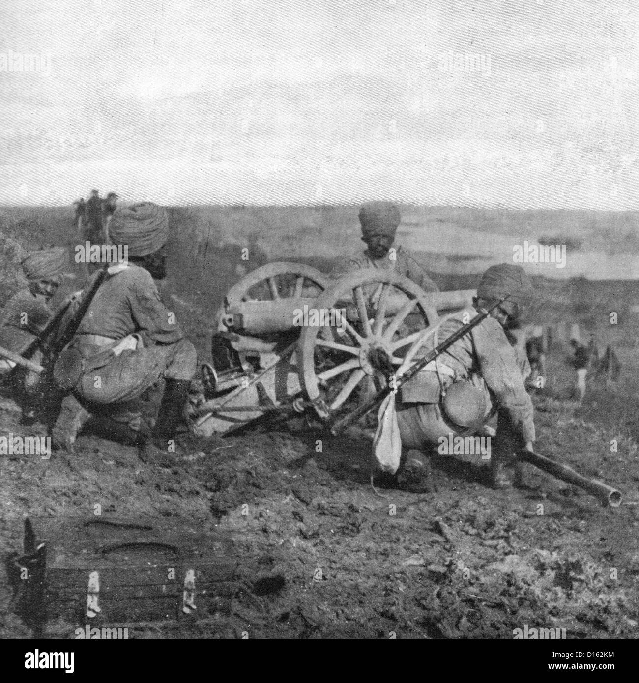 A Gun of the British Royal Asiatic Artillery - The soldiers in this unit are Pashtuns recruited In Hindustan, circa - Stock Image