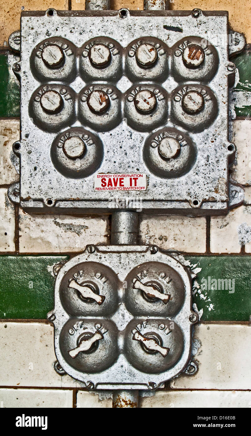 Old electric switches, Victoria Baths, Manchester - Stock Image