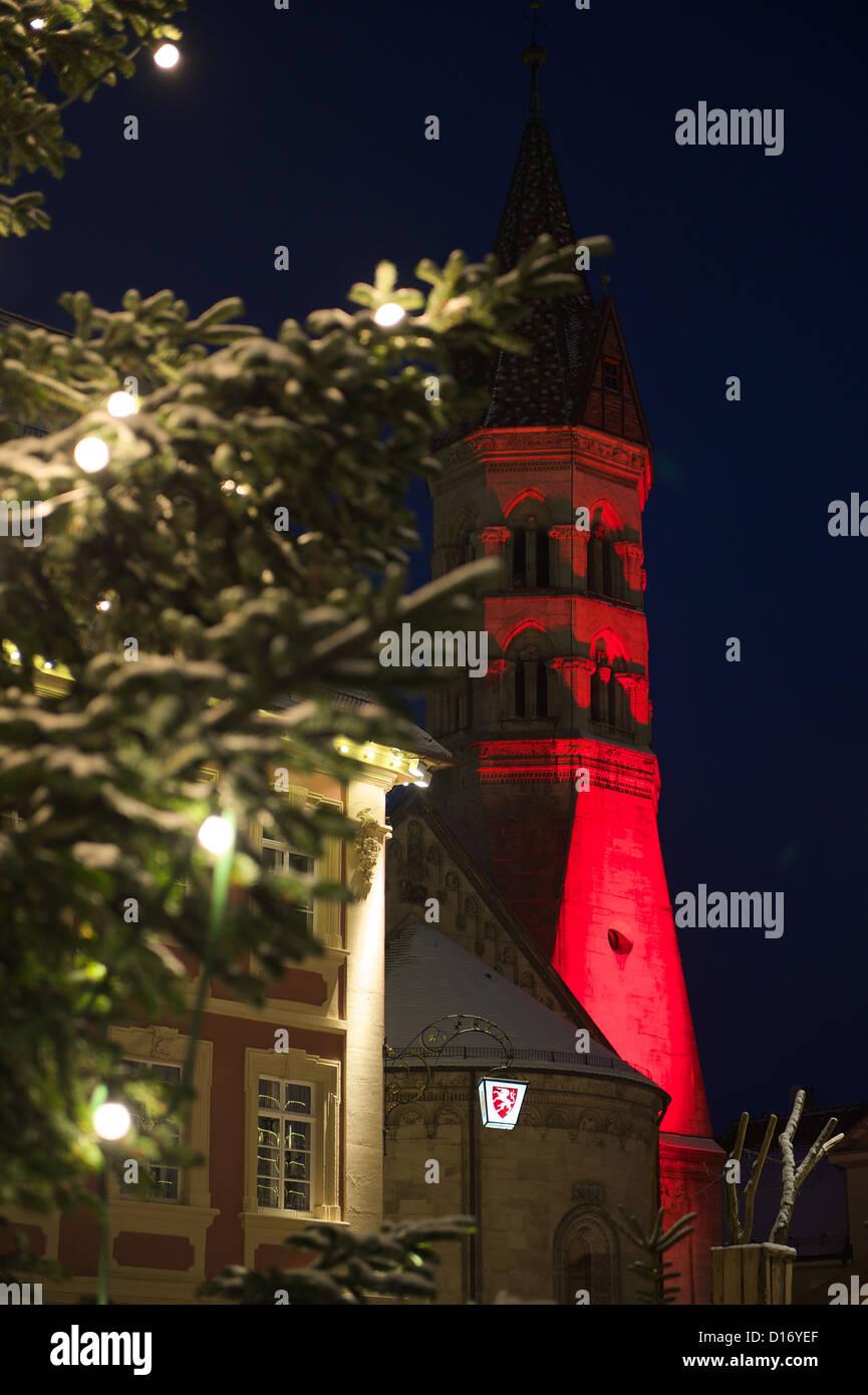 Schwäbisch Gmünd im Advent mit Weihnachtsmarkt und festlicher Beleuchtung - Stock Image