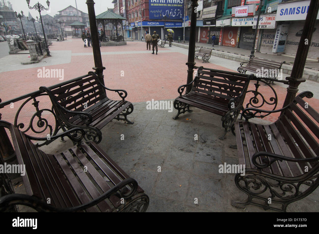 Dec. 10, 2012 - A seen of empty market during  strick  to mark the International Human Rights Day in Srinagar, the - Stock Image