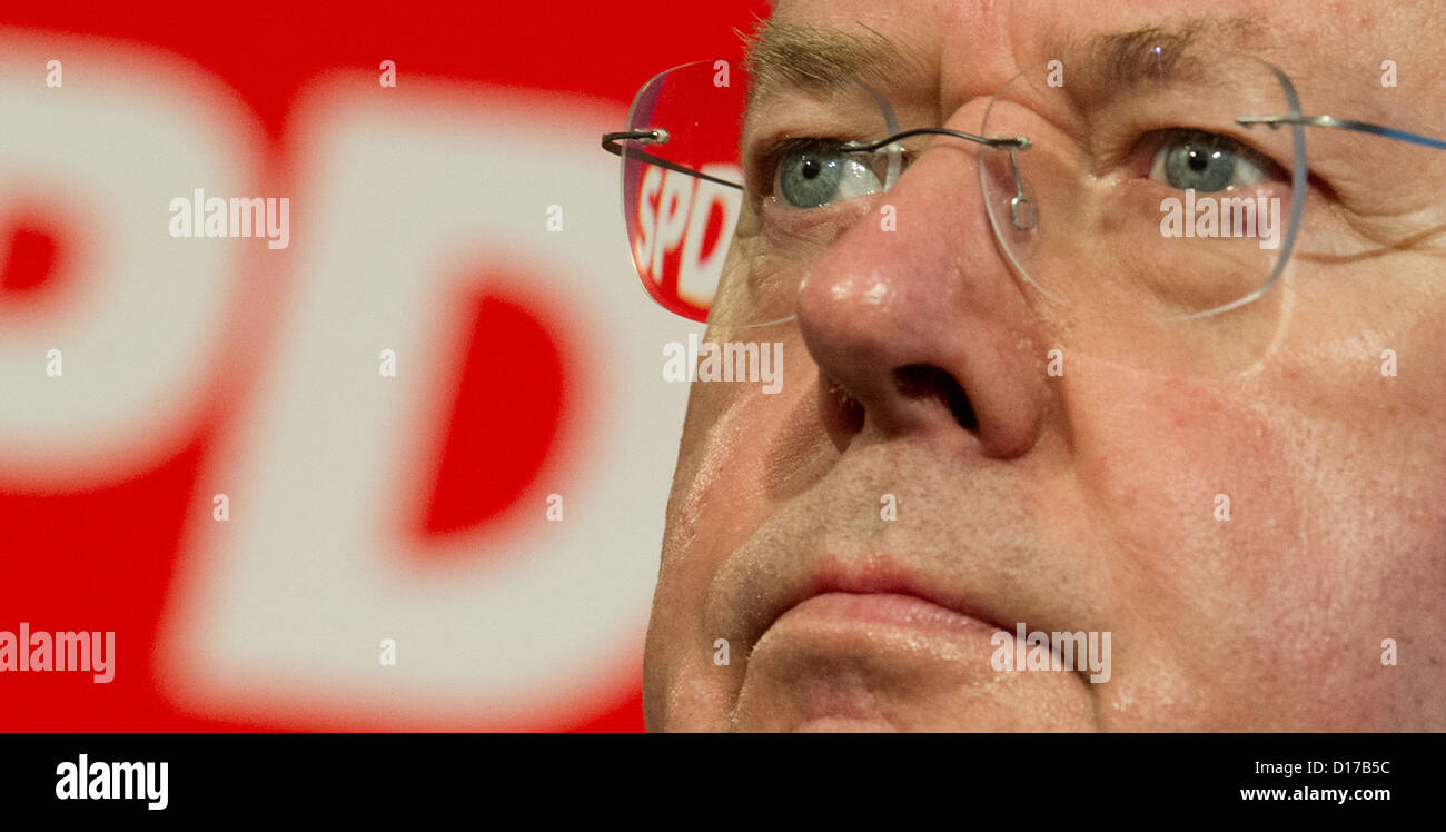 Designated SPD candidate for the chancellorship, Peer Steinbrueck, gives a press conference in Hanover, Germany, - Stock Image