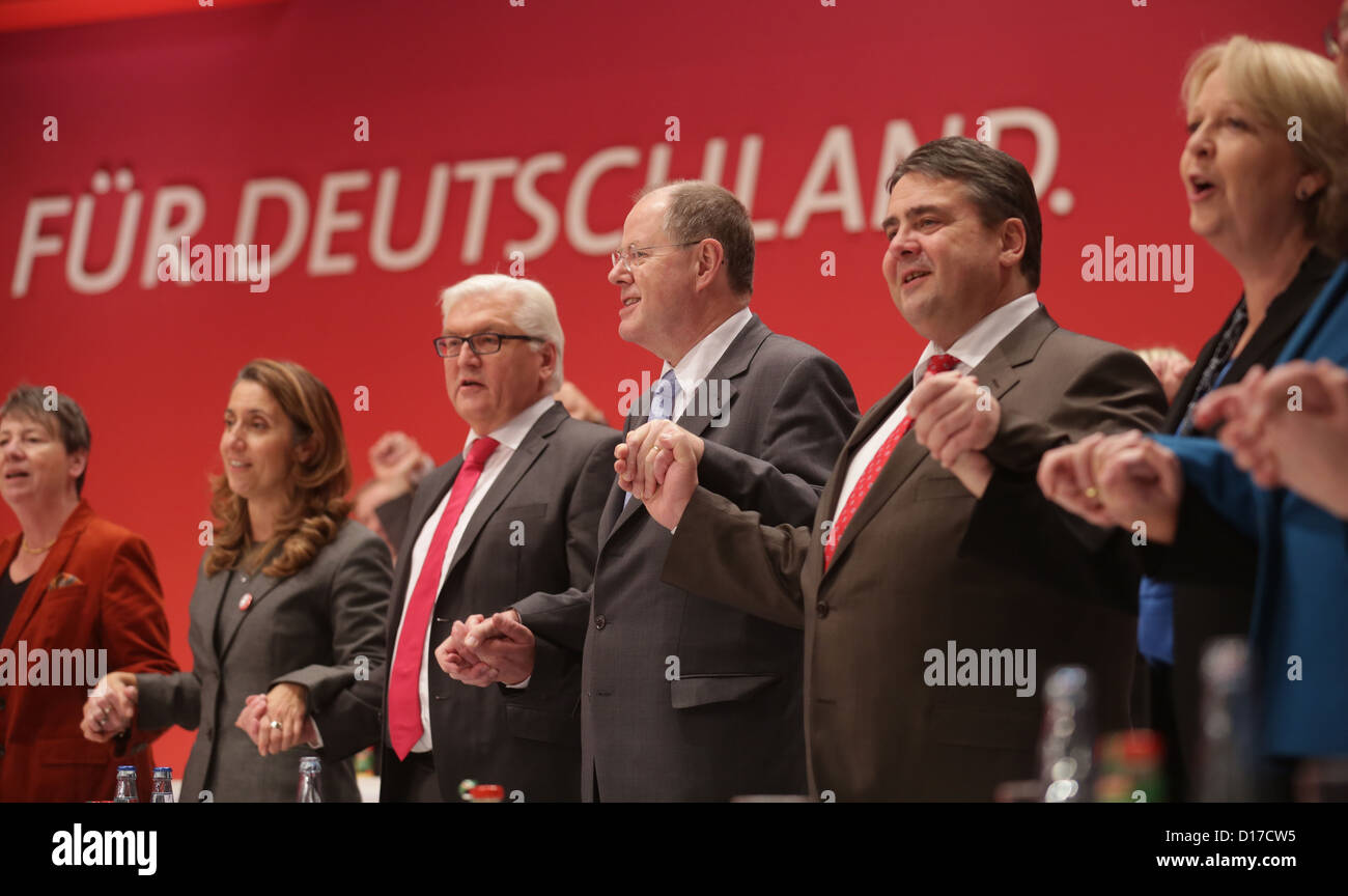 Barbara Hendricks (L-R), Aydan Ozoguz, Frank-Walter Steinmeier, chairman of the SPD parliamentary group, SPD chancellor - Stock Image